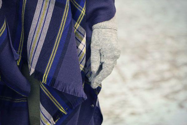 Lululemon nightfall/pigment blue/black grape plaid pranayama scarf