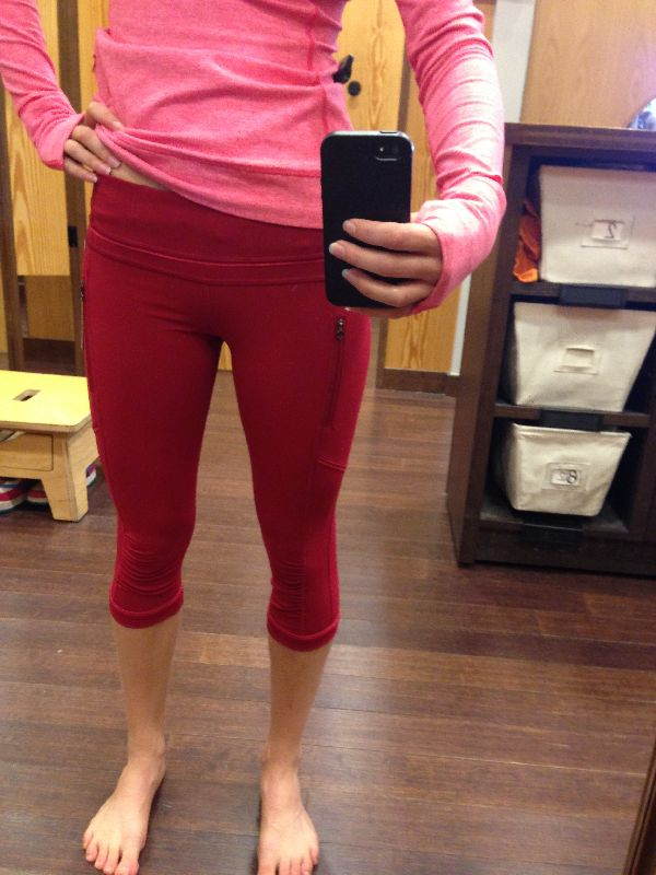 Lululemon try-on review deepest cranberry passion run crops