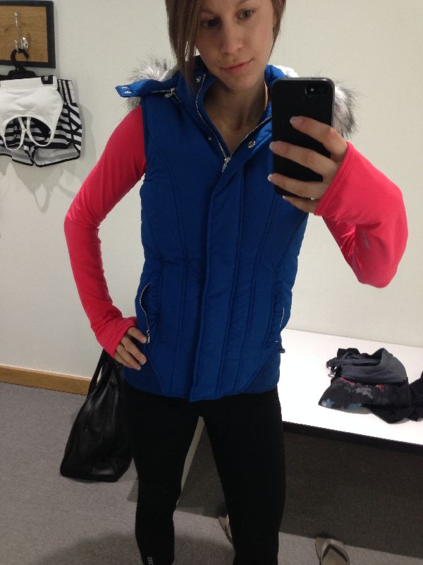 Lorna Jane try-on review candy puffa vest ocean blue
