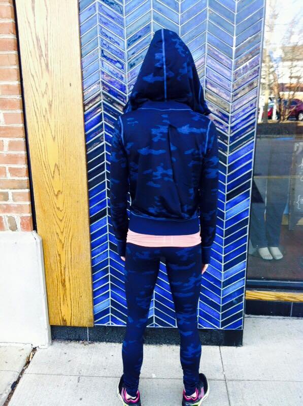 43ee2ebf0 Lululemon oil slick blue lotus camo namaskar hoodie wunder under pants