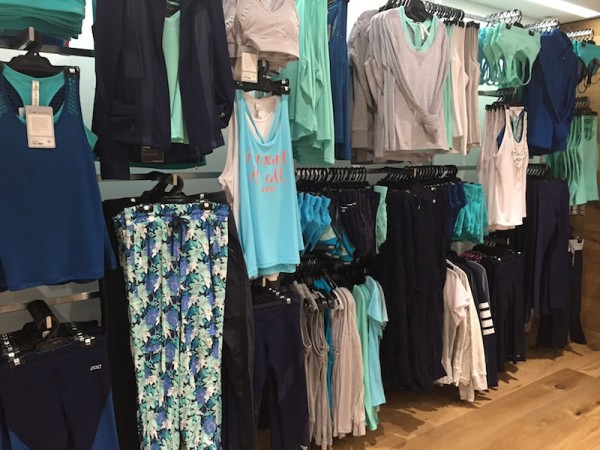 Lorna Jane Try-On Reviews: Solstice Shorts and Bra + Mirror Excel Mesh Tank + More