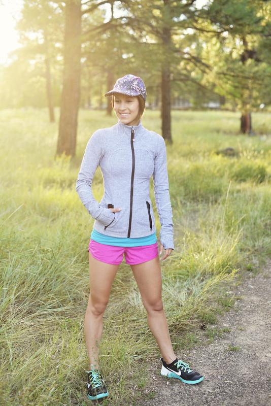 Lululemon white herringbone forme jacket heathered paris pink speed shorts 3