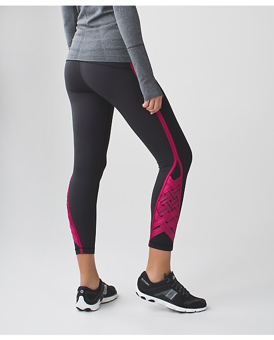 Lululemon pace rival tight special edition berry rumble weave