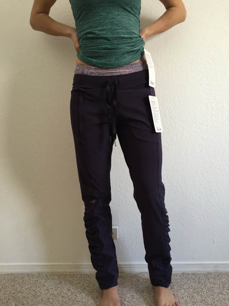 6a5dbd6d6a91ca Lululemon Review: Runderful Pants + Heathered Forage Teal Cool ...