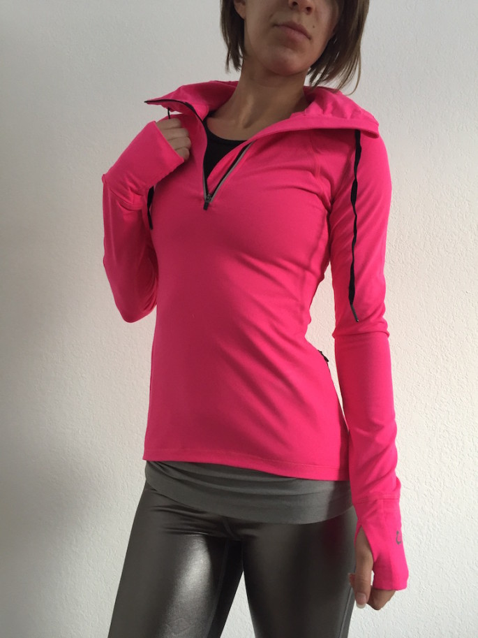 Titika meteorite pullover review 1