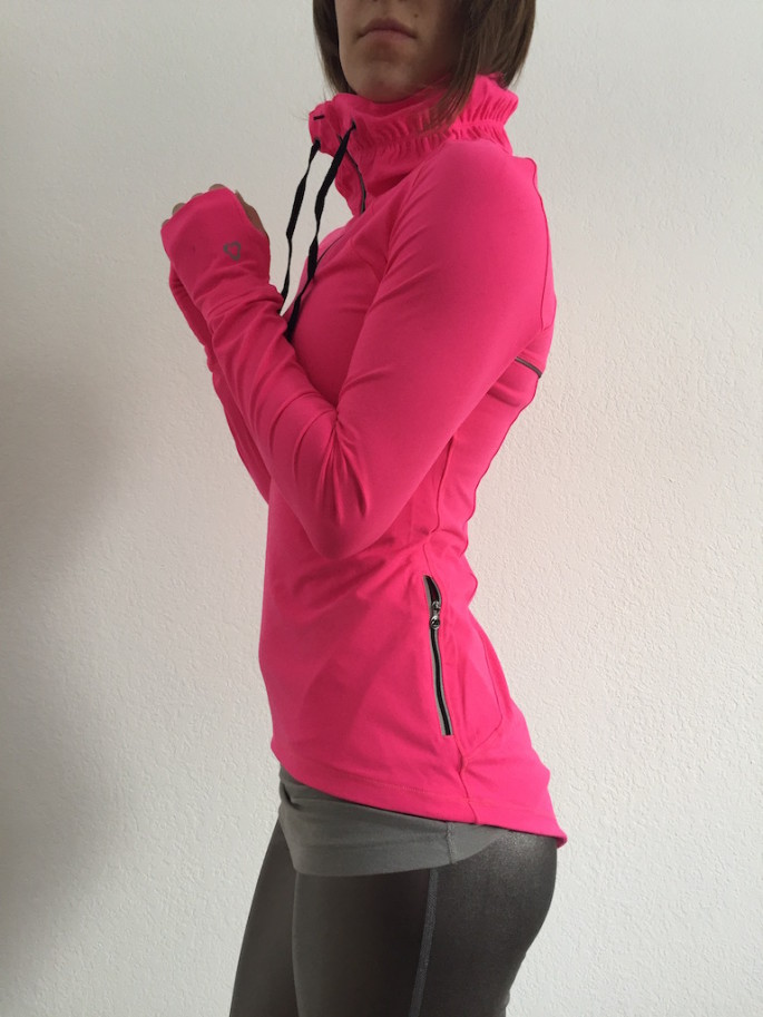 Titika meteorite pullover review 5