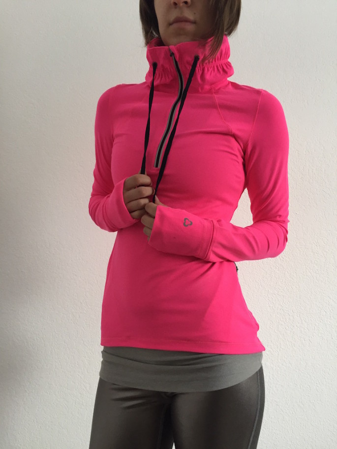 Titika meteorite pullover review 6