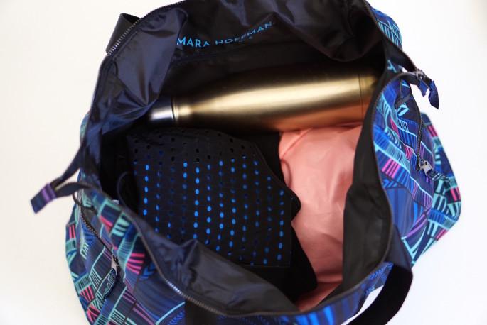 Mara Hoffman gym bag review - what fits inside