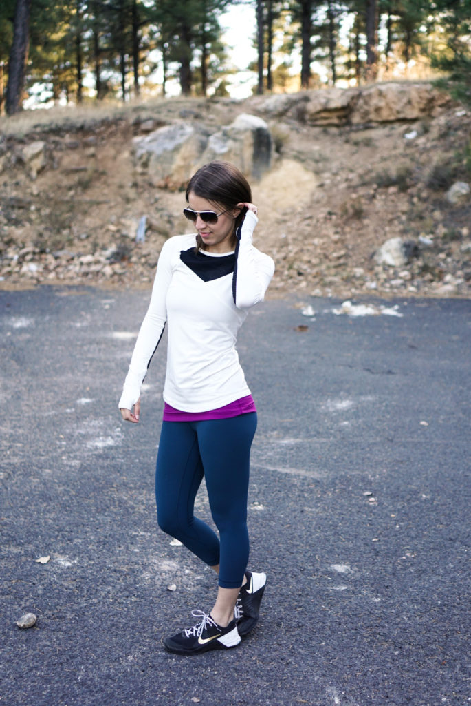 Winter white run tee