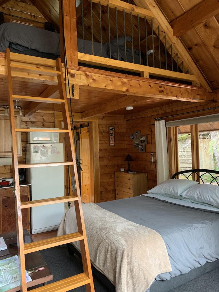 Alyeska Hideaway Cabin in Girdwood